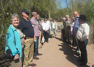 Alumni learned about the survival strategies of desert plants from a docent at the Desert Botanical Garden in Phoenix.