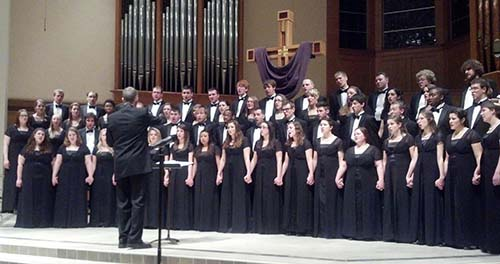 While in Naples, Fla., for the first stop on his 10th anniversary tour, Augustana President Steve Bahls attended a performance by the Augustana choir, which is on its spring break tour.